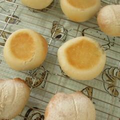 天然酵母あこ酵母で作る!バレンタインデーチョコパン&白パン