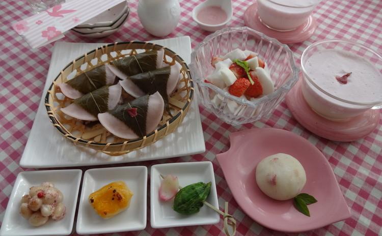 ♡さくら咲く♡ 桜御膳でおめでとう