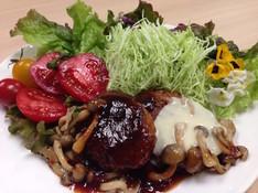 料理レッスン写真 - 栄養満点のタカキビハンバーグ♪と七分づき無農薬ごはん&野菜だしの味噌汁