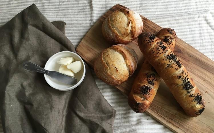 酒粕酵母パン!バタートップ&自家製ほっこりあんことクリームチーズパン