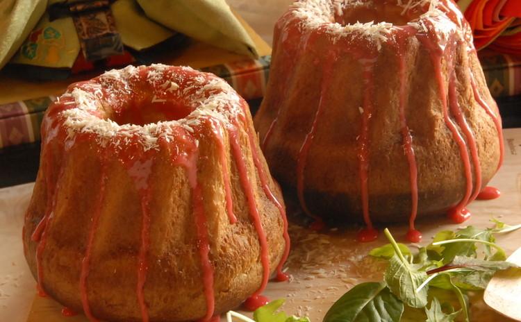 自家製ドライいちごが美味しい♪苺のクグロフパン