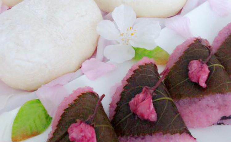 【ふわふわ白パン&桜もち】