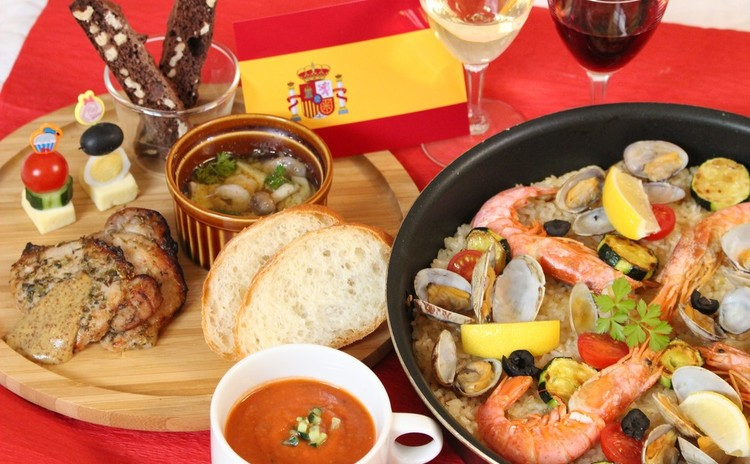 スペイン料理でホームパーティー女子会ママ会に使える献立♪パエリア