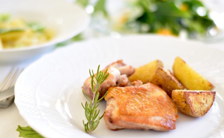簡単だから何度でも 鶏モモ肉のソテと旬の豆類を使ったパスタ他