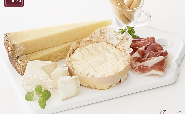 【新レッスン】いま話題の日本酒とチーズのマリアージュを楽しむ!