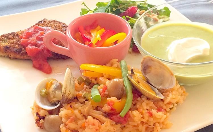 春満載♡鍋で簡単パエリアと生地から手作り苺タルトのおもてなし料理全6品