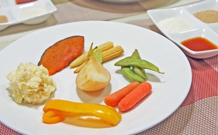 自宅で出来る『燻製野菜』と『燻製チキン2種』・究極のハイボールとともに