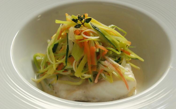 お魚の旨味たっぷりのソースで真鯛のブーリッド