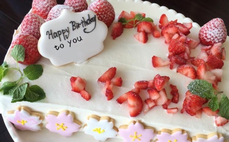 15分焼いたスポンジで作るデコレーションケーキ!