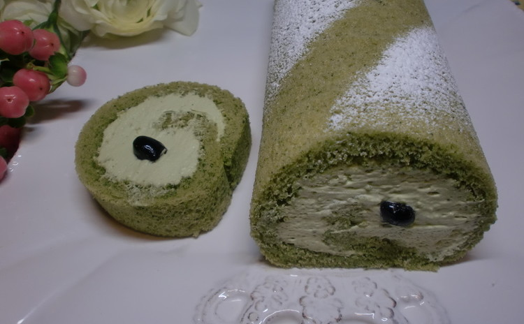 ふわふわ米粉の絶品!抹茶ロールケーキとザクザク、オートミールクッキー♡