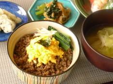 料理レッスン写真 - お弁当に使える!そぼろ丼とお惣菜、デザートは抹茶寒天♪