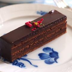 ヴァレンタインに向けてフランボワーズオショコラ&プディングのご紹介です