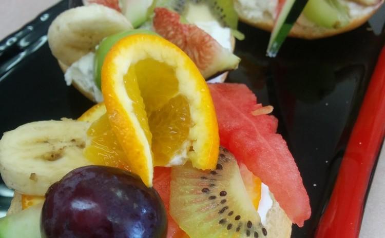 ちょっとおしゃれなフルーツサンド&季節の野菜スープ