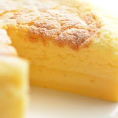 (完売の為6月も開催)焼くと3層になる魔法のケーキ(ラム&バニラ)