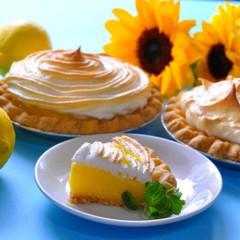 好評につき日程追加♪ 冷やしておいしいアメリカンレモンメレンゲパイ
