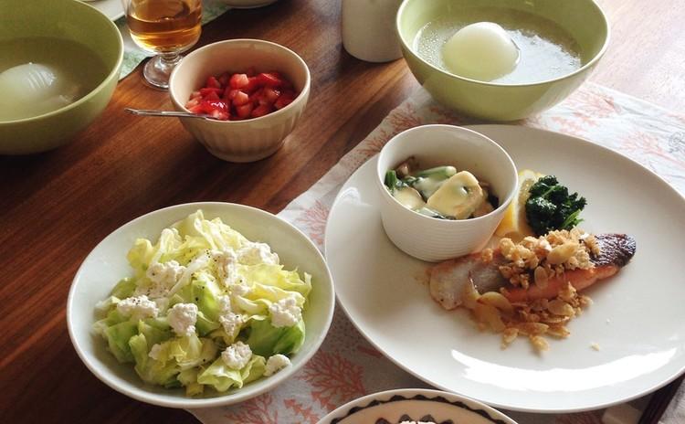 春野菜たっぷり洋食献立~人参ピラフ、オイルマリネ、チーズ焼きなど