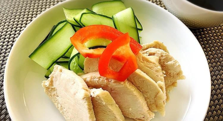 鶏の酒蒸しの前菜