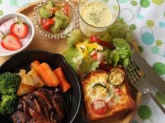 料理レッスン写真 - 夏に向けての元気レシピ☆話題のスキレットで焼く「本格派!ハンバーグ」