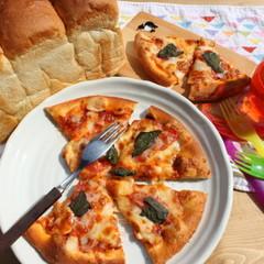 ♪パン作りを始めてみたい方♪食パン型付きレッスン&生地からピザ作り