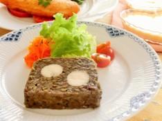 料理レッスン写真 - レンズ豆と鶏ハムのテリーヌ、サーモンのパルメザンチーズ焼き