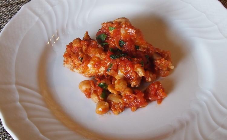 本格手打ちラビオリ、鶏肉とひよこ豆の煮込み、エビのカルパッチョ風サラダ