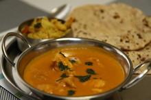 料理レッスン写真 - 【インド人に習える!】本場のバターチキンカレーと基本のチャパティ♪