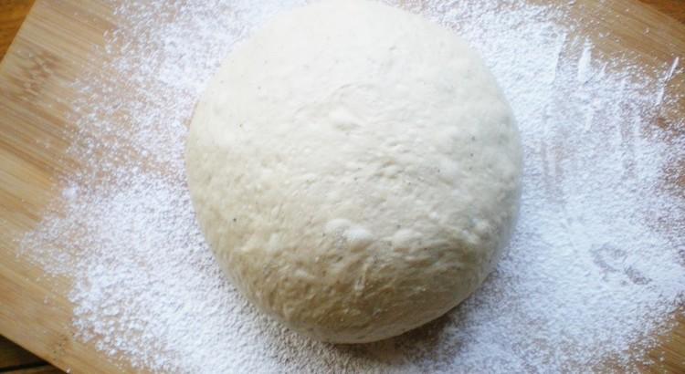 パン生地作り(トマトジュース酵母*元種法)