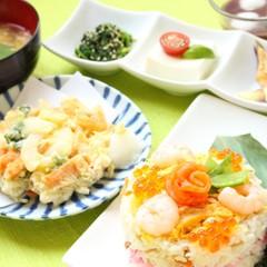 和食でパーティーメニューの献立♪すしケーキ細巻きかき揚げ冷たいぜんざい