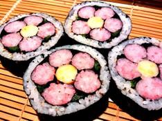 料理レッスン写真 - 【お花の飾り巻きLesson】~和食の基本一番だしのとり方~
