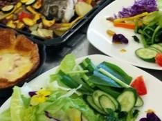料理レッスン写真 - 初夏の季節のお魚アクアパッツア&米粉チーズダッチベービー&季節のサラダ