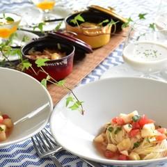 簡単だから何度でも 桃の冷製パスタ、ナスとトマトのオーブン焼き等
