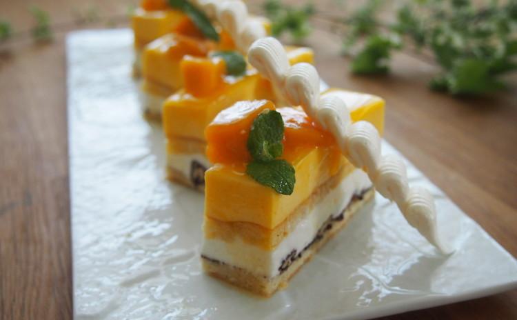 真夏の♪マンゴーとココナッツのトロピカルケーキ お土産付き!