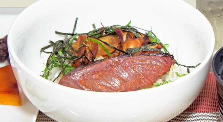 魚介で作る「燻製丼」を作る【デモ形式】