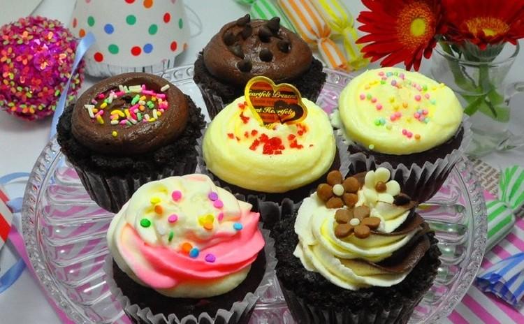 チョコ好きのためのスペシャルなNYカップケーキ♡