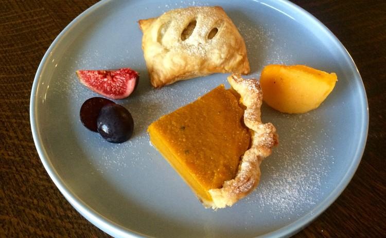 #ハロウィン アメリカンパンプキン・パイと生ハム&チーズのプチパイ
