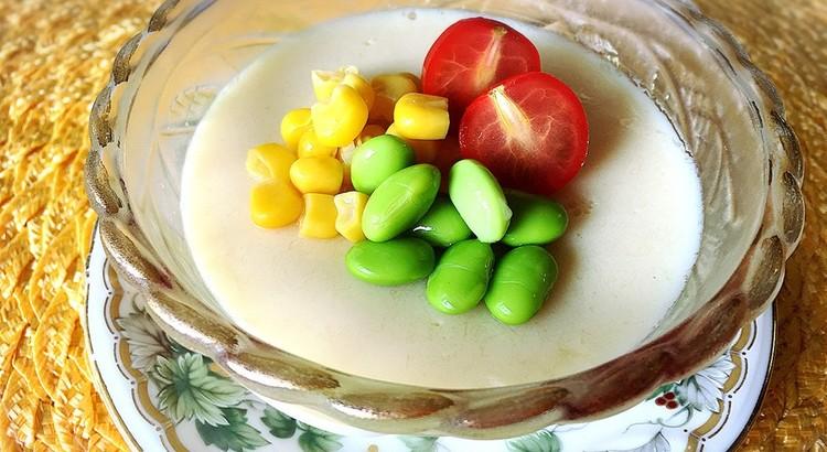 トウモロコシの豆乳茶碗蒸し風