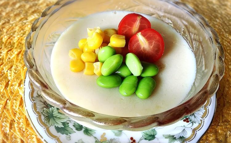 塩麹豆腐ハンバーグとトウモロコシの豆乳茶碗蒸し🎵バナナパウンド他1品