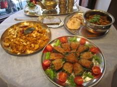 料理レッスン写真 - インド料理定番チキンビリヤニとポテトのドライカレー!ピーマン肉詰めも!