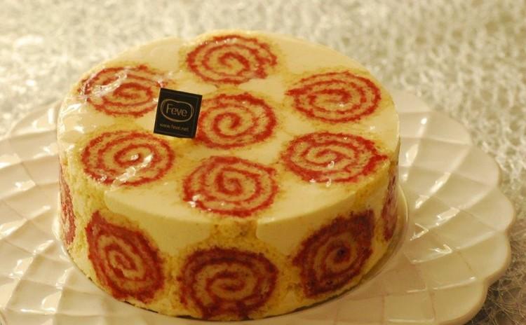 ロールケーキとババロア2つのお菓子が同時に学べる!古典菓子【カジノ】