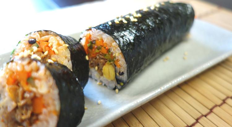 【プルコギのキンパプ】牛肉を使って韓国海苔巻をつくります♪