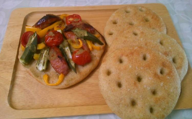 自家製天然酵母パンレッスン♪ バジル酵母のフォカッチャ&野菜ピザ