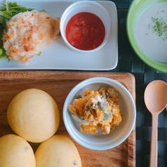 秋の味覚を楽しむ♪自家製天然酵母のかぼちゃパンとおいしいおかず3種