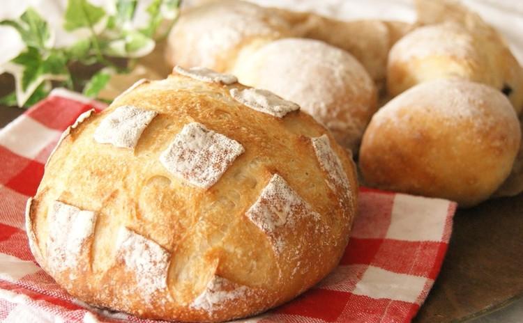 酒種酵母で作る!まんまる大きなブールと大納言たっぷりの豆パン