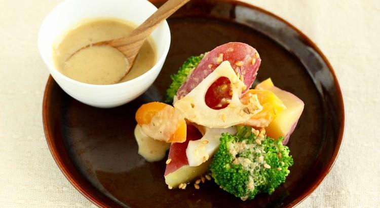 ごろごろ根菜サラダ&手作りゴマドレッシング