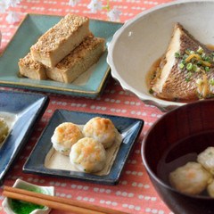 鯛の煮付けをメインに♪副菜はおせち料理の一品も盛り込んだ和食献立です♪