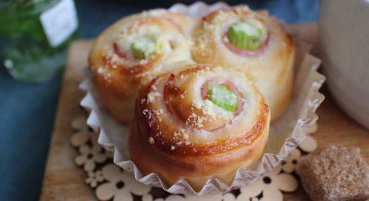 『asuparagus & ham roll』アスパラ&ハムロールパン
