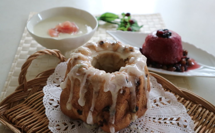 クリスマスにも♪カリッと美味しいクグロフ型のカレンズパン