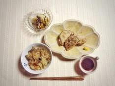 料理レッスン写真 - 秋の食材 きのこの炊き込みご飯とれんこんのはさみ揚げ