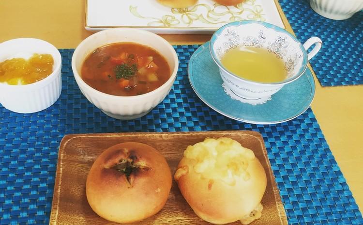 カフェ風ランチでお腹いっぱいエッグパン&ポテトパンと簡単ミネストローネ