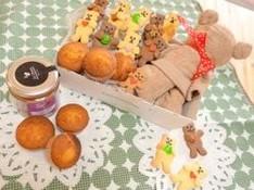 料理レッスン写真 - くまちゃんサブレとくまちゃんタオル、蜂蜜のマドレーヌ クマづくしセット